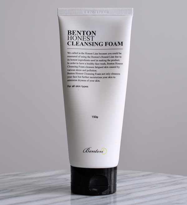 rec-benton-honest-cleansing-foam-01