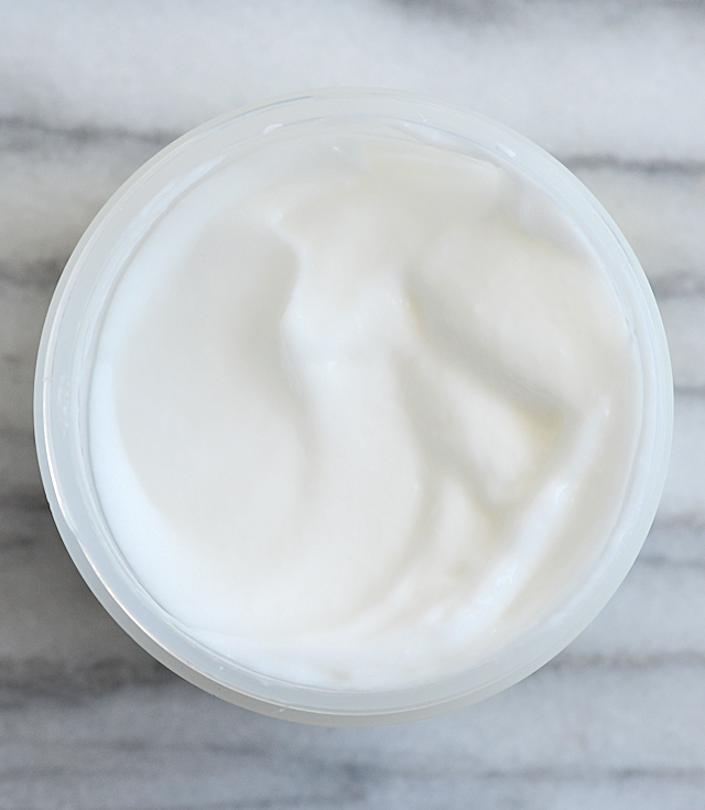 glossier-moisturizing-moon-mask-03