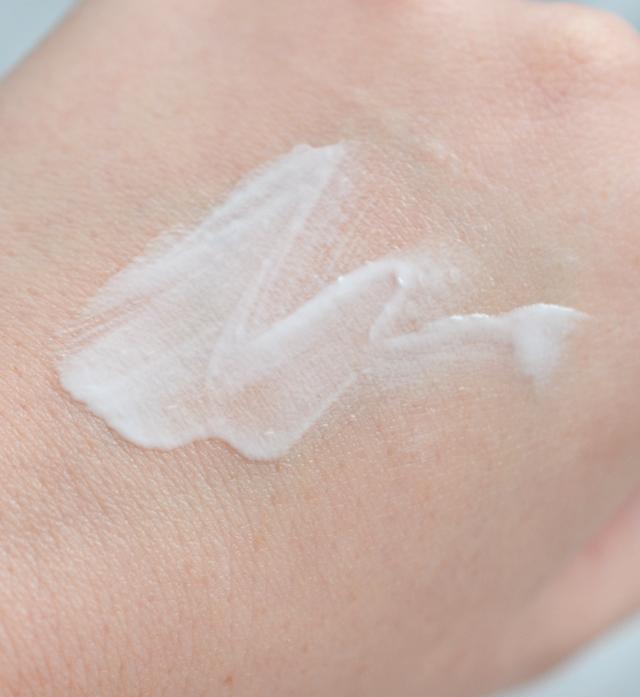 glossier-priming-moisturizer-04