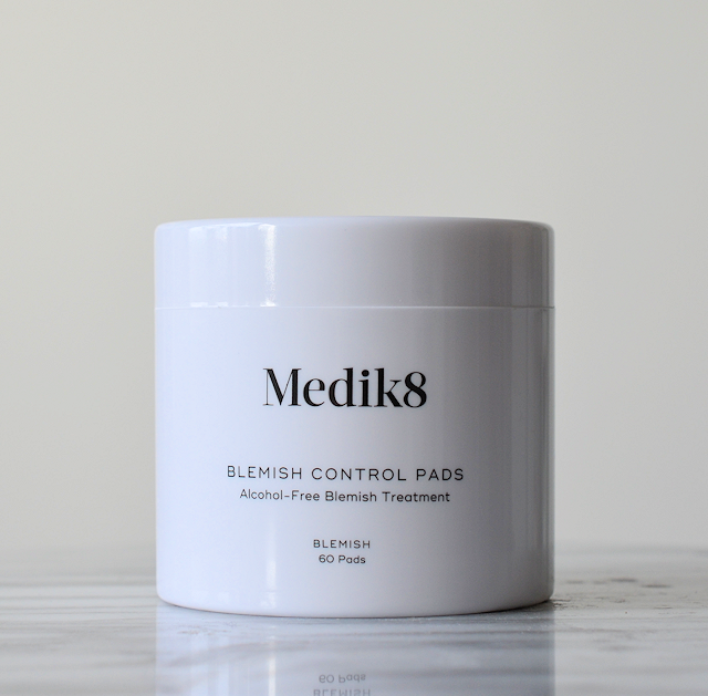medik8-blemish-control-pads-01